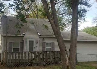 Foreclosure Home in Waterloo, IA, 50703,  W DONALD ST ID: P1557629