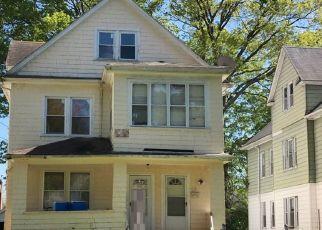 Casa en ejecución hipotecaria in Hartford, CT, 06112,  SHARON ST ID: P1558372