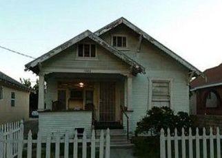 Casa en ejecución hipotecaria in Santa Ana, CA, 92703,  W 3RD ST ID: P1559390