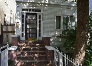 Casa en ejecución hipotecaria in Bronx, NY, 10472,  TAYLOR AVE ID: P1559673
