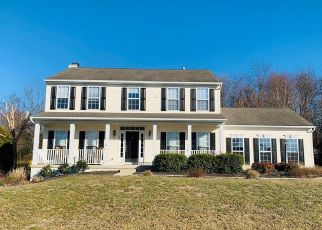 Casa en ejecución hipotecaria in West Grove, PA, 19390,  LARCHMONT LN ID: P1560006