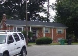 Casa en ejecución hipotecaria in Woodbridge, VA, 22191,  CAROLINE ST ID: P1561112