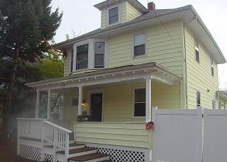 Foreclosure Home in Haverhill, MA, 01830,  GROVELAND ST ID: P1561247