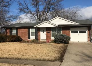 Casa en ejecución hipotecaria in Hazelwood, MO, 63042,  SHAMROCK DR ID: P1561963