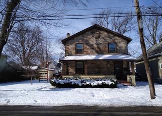 Casa en ejecución hipotecaria in Lockport, NY, 14094,  LOCK ST ID: P1563600