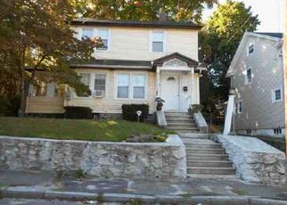 Casa en ejecución hipotecaria in Waterbury, CT, 06704,  LONE OAK AVE ID: P1563690