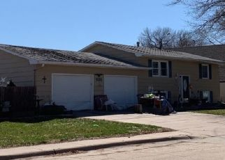 Foreclosure Home in Hastings, NE, 68901,  LINDEN AVE ID: P1563822