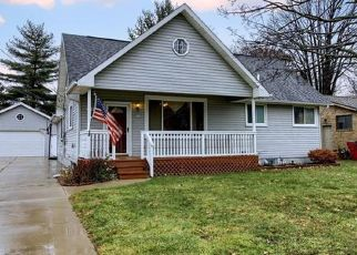 Foreclosure Home in Harrison Township, MI, 48045,  SHORELINE DR ID: P1564111