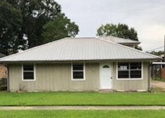Foreclosure Home in Zachary, LA, 70791,  39TH ST ID: P1564465