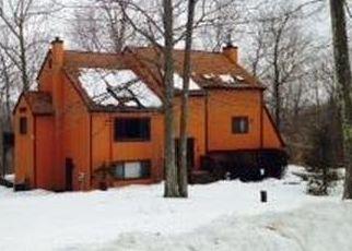 Casa en ejecución hipotecaria in Monroe, CT, 06468,  WOODACRE LN ID: P1565749