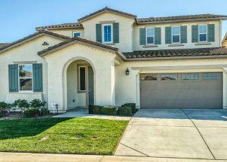 Casa en ejecución hipotecaria in Elk Grove, CA, 95757,  MIRANDELA WAY ID: P1565772