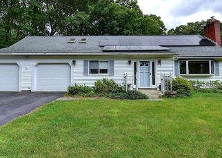 Casa en ejecución hipotecaria in Bolton, CT, 06043,  HEBRON RD ID: P1565930
