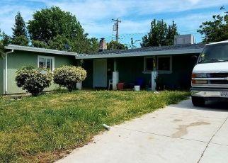 Casa en ejecución hipotecaria in North Highlands, CA, 95660,  KEMP WAY ID: P1566399