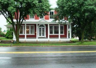 Casa en ejecución hipotecaria in Robesonia, PA, 19551,  E PENN AVE ID: P1566632