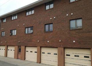 Casa en ejecución hipotecaria in Helena, MT, 59601,  EUCLID AVE ID: P1569600