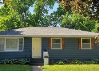 Casa en ejecución hipotecaria in Belle Plaine, MN, 56011,  W MAIN ST ID: P1569829