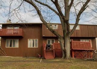 Casa en ejecución hipotecaria in Flossmoor, IL, 60422,  ALEXANDER CRES ID: P1571368