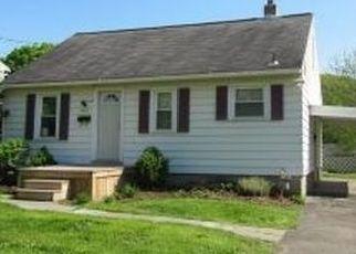 Casa en ejecución hipotecaria in Vestal, NY, 13850,  VESTAL RD ID: P1572438