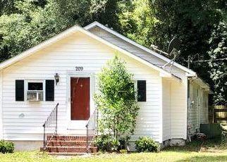 Casa en ejecución hipotecaria in Walterboro, SC, 29488,  MOUNT CARMEL RD ID: P1573860