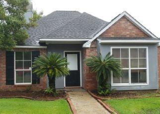 Foreclosure Home in Baton Rouge, LA, 70816,  SOLEDAD AVE ID: P1575948