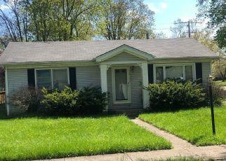 Casa en ejecución hipotecaria in Flossmoor, IL, 60422,  AVERS AVE ID: P1576693