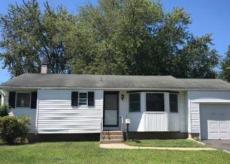 Casa en ejecución hipotecaria in Medford, NY, 11763,  DEVON AVE ID: P1576978
