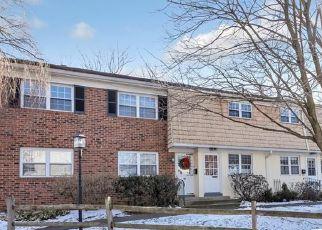 Casa en ejecución hipotecaria in Fairfield, CT, 06824,  UNQUOWA RD ID: P1577757