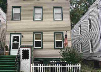 Casa en ejecución hipotecaria in Albany, NY, 12206,  3RD ST ID: P1578239