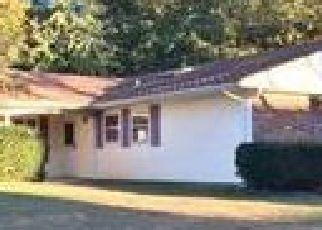Casa en ejecución hipotecaria in Stony Brook, NY, 11790,  MEDLEY LN ID: P1581234