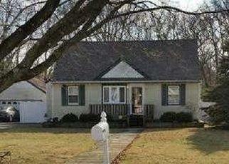 Casa en ejecución hipotecaria in Islip, NY, 11751,  BEAVER DAM RD ID: P1582865