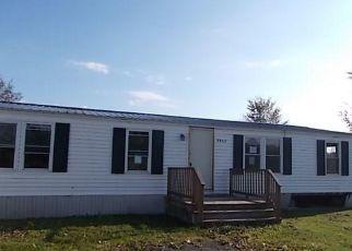 Casa en ejecución hipotecaria in Lowville, NY, 13367,  EAST RD ID: P1584082