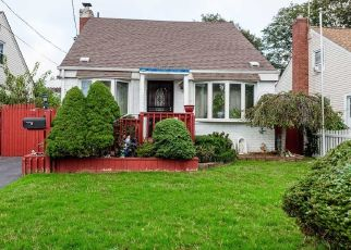 Foreclosure Home in Uniondale, NY, 11553,  LOCUST AVE ID: P1584253