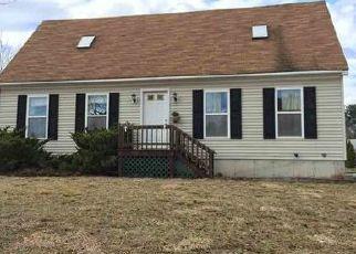 Casa en ejecución hipotecaria in South Glens Falls, NY, 12803,  HENRY RD ID: P1587662