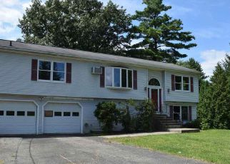 Casa en ejecución hipotecaria in Slingerlands, NY, 12159,  YALE AVE ID: P1587733