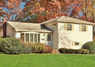 Casa en ejecución hipotecaria in Nanuet, NY, 10954,  POPLAR ST ID: P1589083