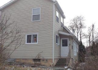 Casa en ejecución hipotecaria in Beacon, NY, 12508,  PINE VIEW RD ID: P1589954