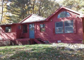 Casa en ejecución hipotecaria in Red Hook, NY, 12571,  ALBERT DR ID: P1591252