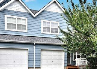 Casa en ejecución hipotecaria in Central Islip, NY, 11722,  FAIRLAWN DR ID: P1593986