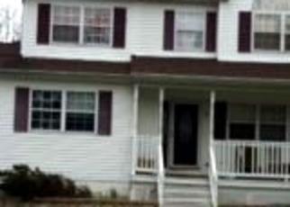 Casa en ejecución hipotecaria in Shirley, NY, 11967,  JOHNS NECK RD ID: P1593996