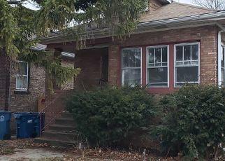 Casa en ejecución hipotecaria in Maywood, IL, 60153,  S 7TH AVE ID: P1596987