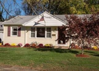 Foreclosure Home in Stratford, NJ, 08084,  TEMPLE AVE ID: P1598000
