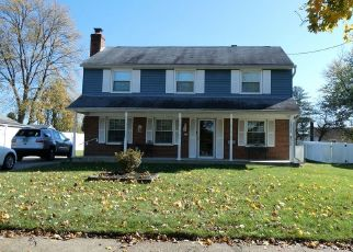 Foreclosure Home in Stratford, NJ, 08084,  LONGWOOD DR ID: P1599274