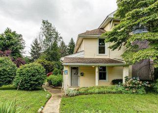 Casa en ejecución hipotecaria in Springfield, PA, 19064,  BELLEVUE AVE ID: P1599871