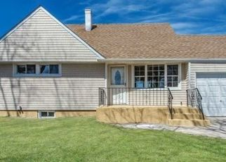 Casa en ejecución hipotecaria in Westbury, NY, 11590,  STEWART AVE ID: P1600857