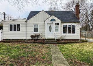 Casa en ejecución hipotecaria in Deer Park, NY, 11729,  WESTWOOD AVE ID: P1601730