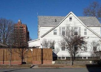 Casa en ejecución hipotecaria in Rego Park, NY, 11374,  AUSTIN ST ID: P1601752