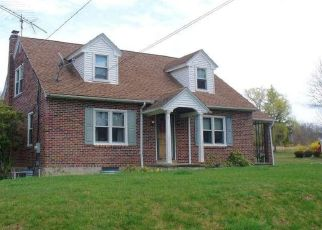 Casa en ejecución hipotecaria in Pennsburg, PA, 18073,  GERYVILLE PIKE ID: P1602273