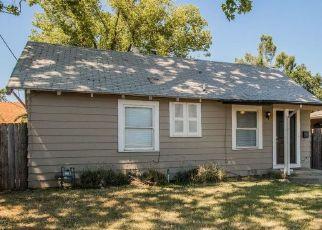 Casa en ejecución hipotecaria in Sacramento, CA, 95815,  SONOMA AVE ID: P1602538