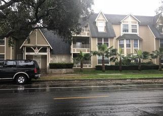 Casa en ejecución hipotecaria in Santa Ana, CA, 92701,  E CHESTNUT AVE ID: P1605244