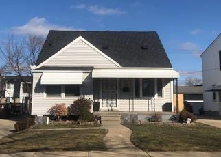 Foreclosure Home in Center Line, MI, 48015,  COOLIDGE ID: P1608206